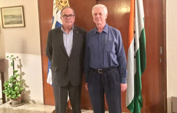 Left : Ambassador Carlos Orlando with Dr. Jorge Basso, Minister for Public Health of Uruguay.